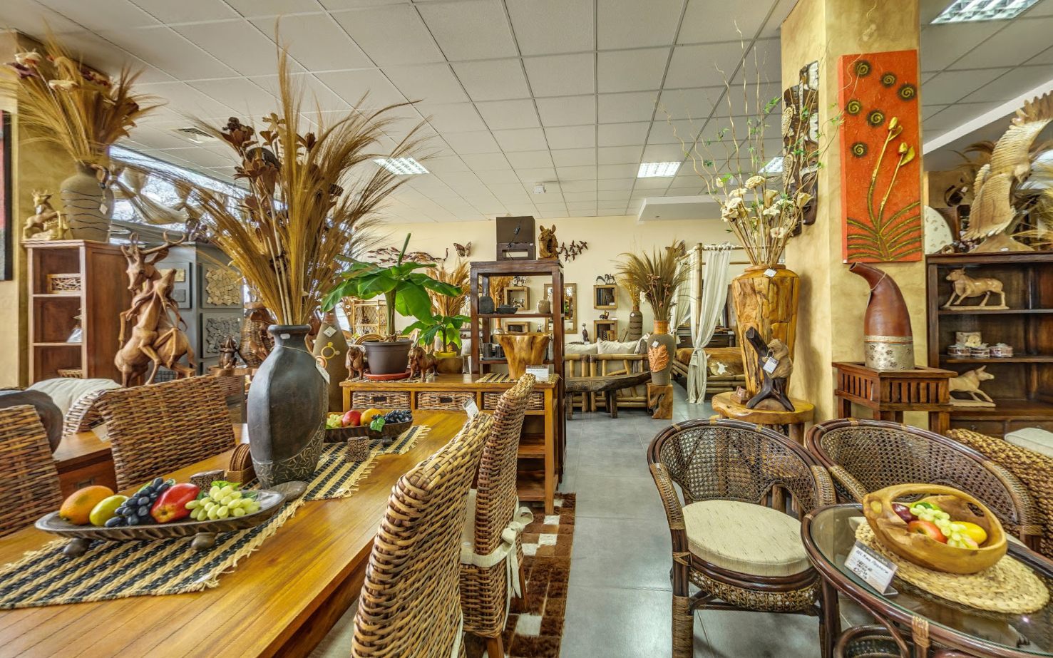 Виртуална разходка на мебелен магазин Екзотик маркет